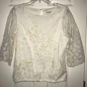 White floral blouse 3/4 sleeves sz Medium